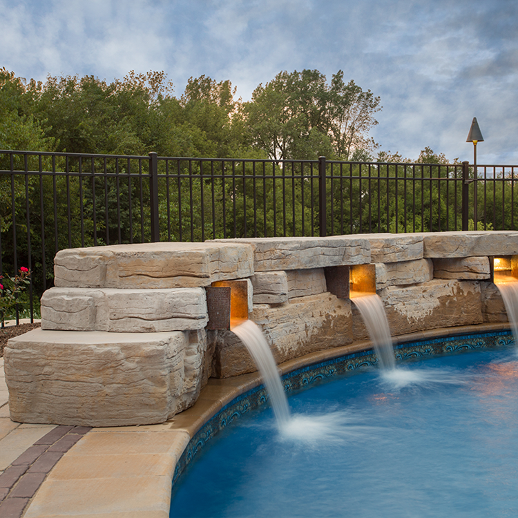 Outcropping Wall shown in York Brown.