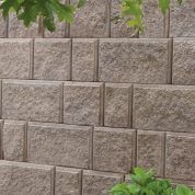 0016_EVERLOC-RETAINING-WALLS-1